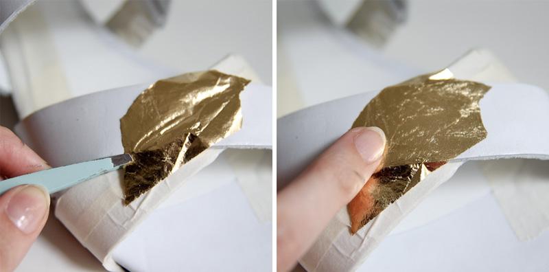 наносим маникюрное золото на специальный лак-клей