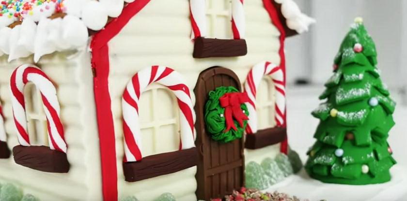 Как сделать пряничный домик на Новый год? Часть 2: Украшение глазурью и мастикой.