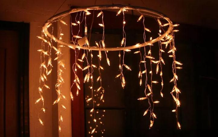 Как превратить обычный хулахуп в оригинальный новогодний декор?