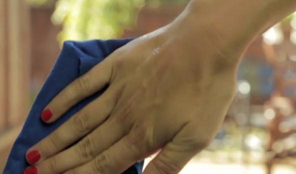 Как убрать скотч при помощи подручных средств?