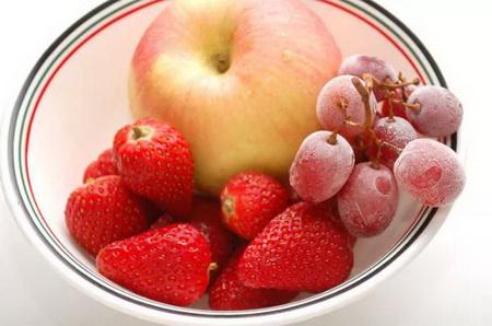 Как сделать фруктовый букет для романтического ужина?