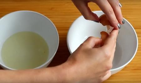 Как быстро отделить желток от белка или 7 лайфхаков для кухни