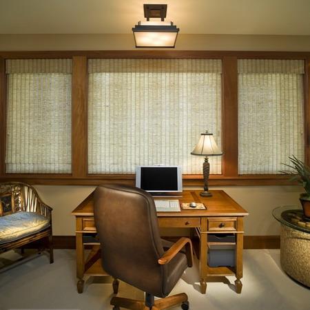 Как правильно обустроить рабочий кабинет в квартире