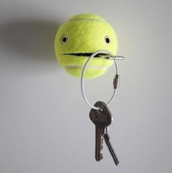 ключница из зеленого теннисного мячика