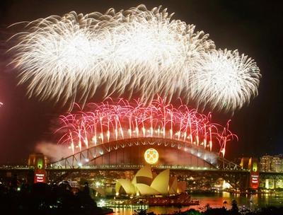 Как отмечают новый год в разных странах с картинками