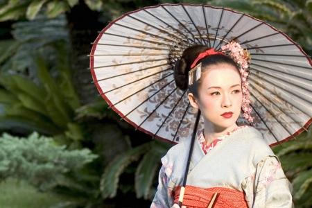 Как соблазнить мужчину? Берем пример с японской гейши.