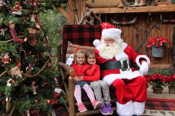Как празднуют Рождество в Диснейленде