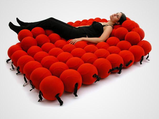 кровать-трансформер из шариков - необычные и оригинальные кровати в стиле хай-тек и модерн