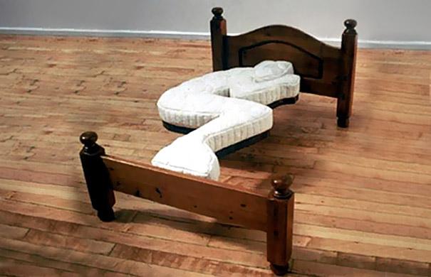 Очередная кровать для любителей поспать в зародышевой позе