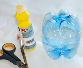 Пластиковая бутылка - мячик