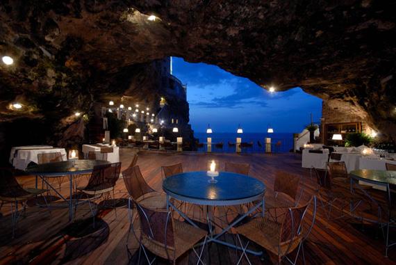 Отель «Серебряная шахта Салы» (Sala Silvermine), Швеция - банкетный зал в пещере с видом на воду