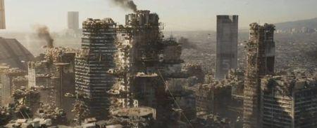 Элизиум (Elysium) Разрушенная Земля постапокалипсис кадр из фильма