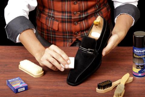 Как правильно ухаживать за замшевой обувью зимой