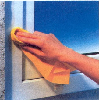Как ухаживать за окнами из ПВХ, а также избавиться от конденсата? Важные советы.