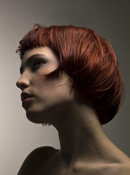 Серьезное изменение стиля волос способно заставить вас почувствовать себя обновленной женщиной