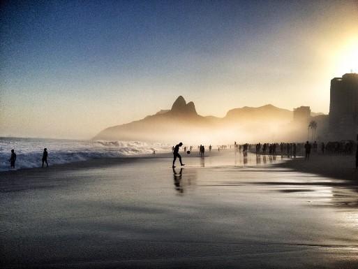 Как выглядят фотографии, победившие в конкурсе iPhone Photography Awards-2015