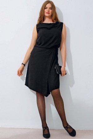 Как выбирать одежду женщинам с большим бюстом?