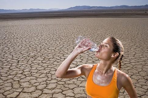 ...газированных напитков активизирует рецепторы в носу, из-за...