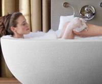 Как избавиться от усталости и стресса при помощи ванной?