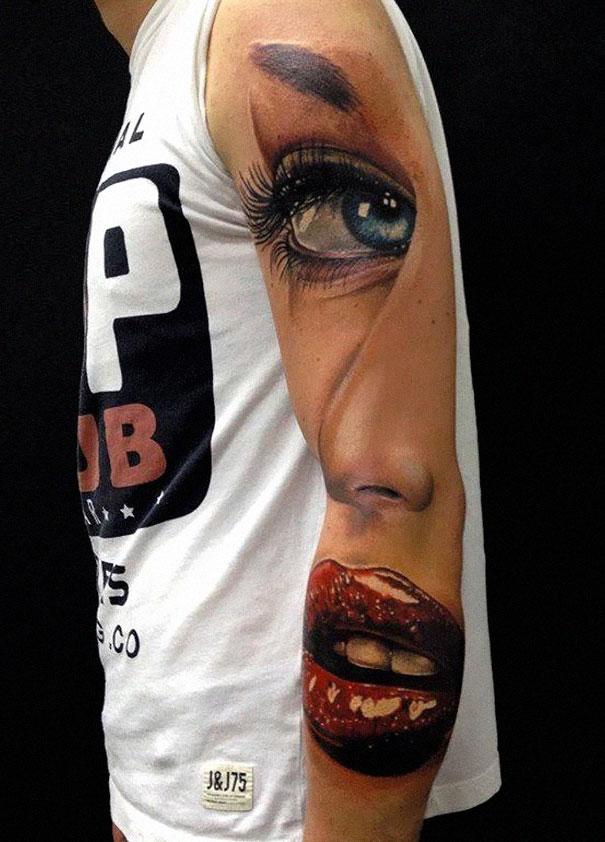 3D (объемные) и фото-татуировки: девушки на частях тела молодых людей