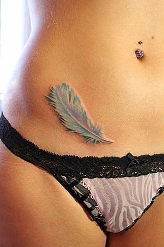 3D (объемные) и фото-татуировки: перышко