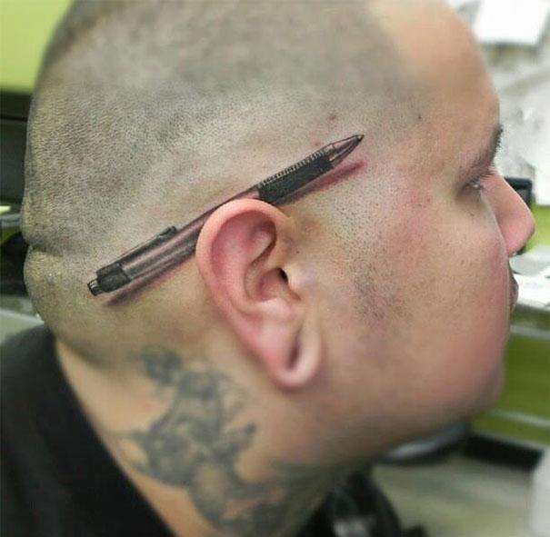 3D (объемные) и фото-татуировки: ручка на голове