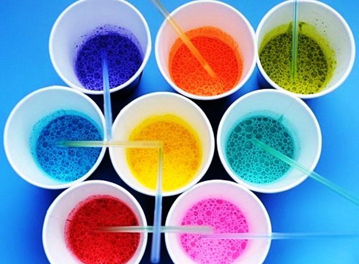 Как сделать цветную жидкость