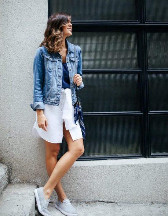 Как преобразить классическую белую рубашку в модную и оригинальную вещь