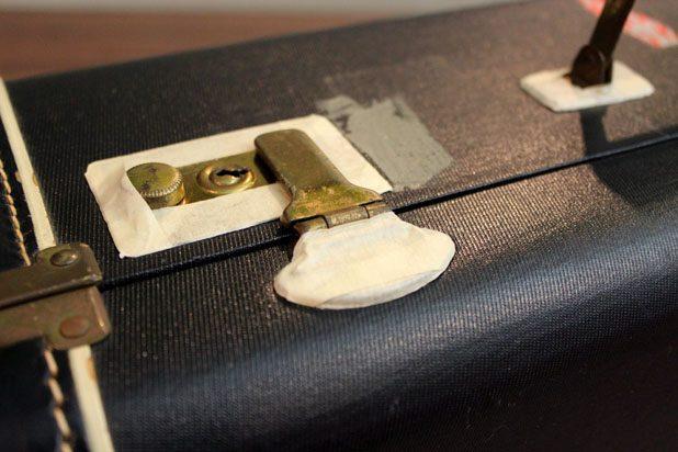 Как превратить обычный чемодан в оригинальную корзину для пикника