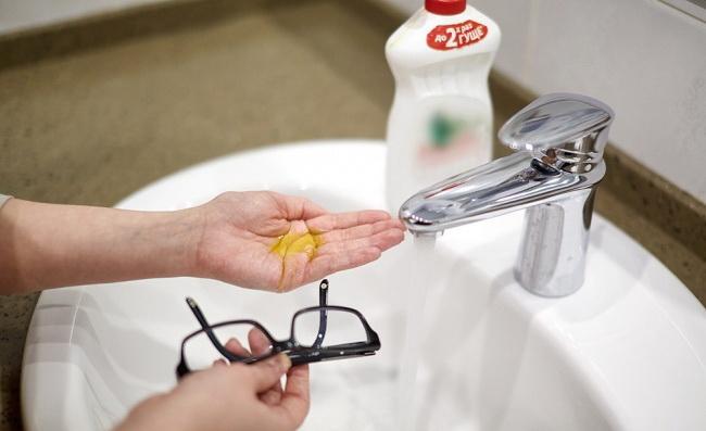 Как применить лайфхаки тем, кто носит очки?