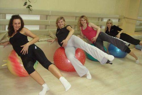 Как подобрать правильную гимнастику для будущей мамы?