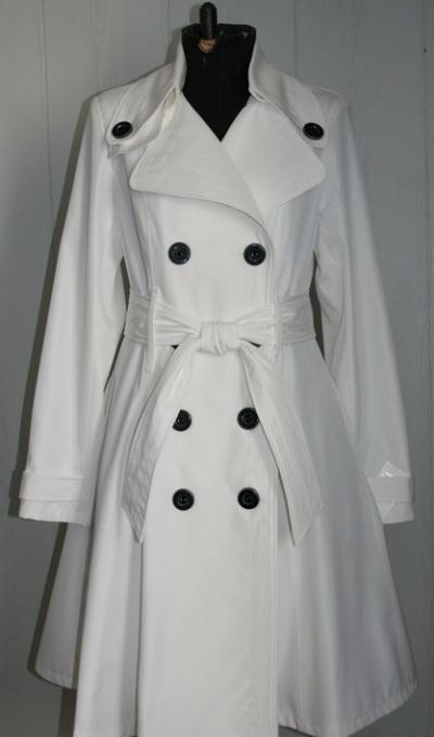 женский осенний плащ: мода осени 2013, белый цвет, ткань клеенчатая