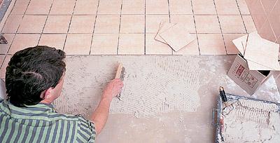 Как нужно укладывать плитку