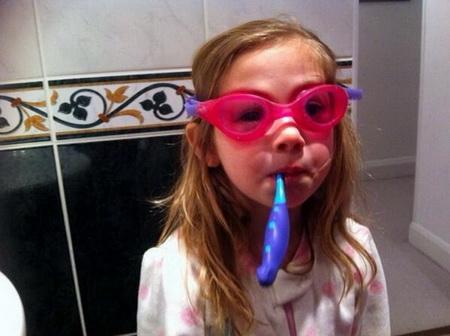 Как использовать зубную пасту необычным способом?