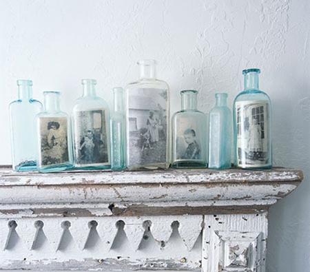 Еще одна креативная идея: снимки в разнокалиберных, но однотипных бутылках на полках