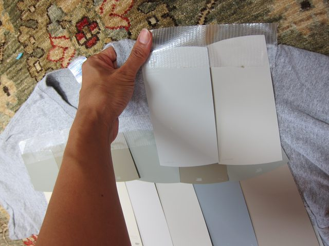 Оклеиваем карточками серых оттенков фтуболку спреди