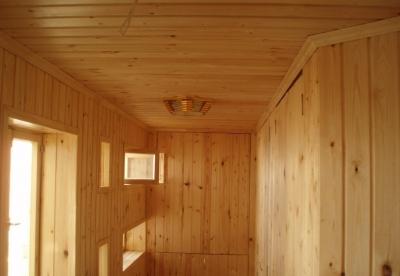 Как использовать евровагонку для отделки лоджий и балконов?
