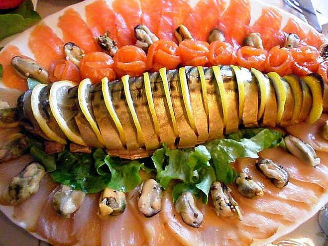 Как красиво оформить рыбную нарезку?