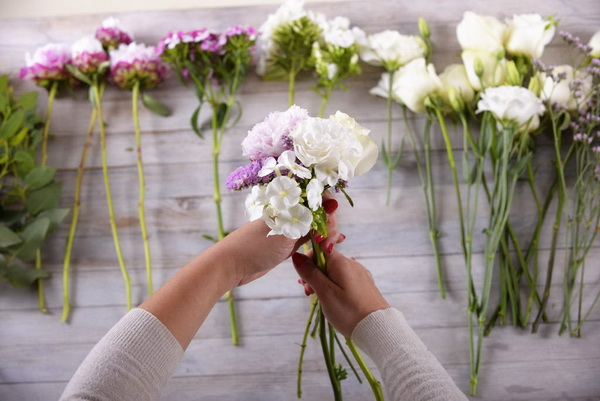 Как составить свадебный букет из живых цветов самостоятельно