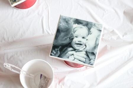 Как сделать подставку под горячее из плитки и фотографии?