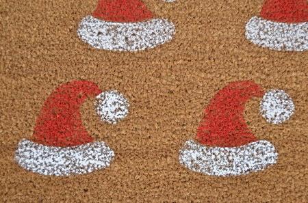 Как украсить входной коврик на Новый год?