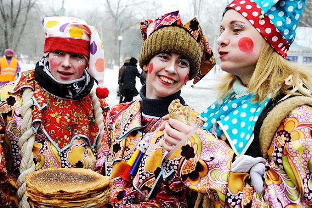 Как празднуют Масленицу на Руси