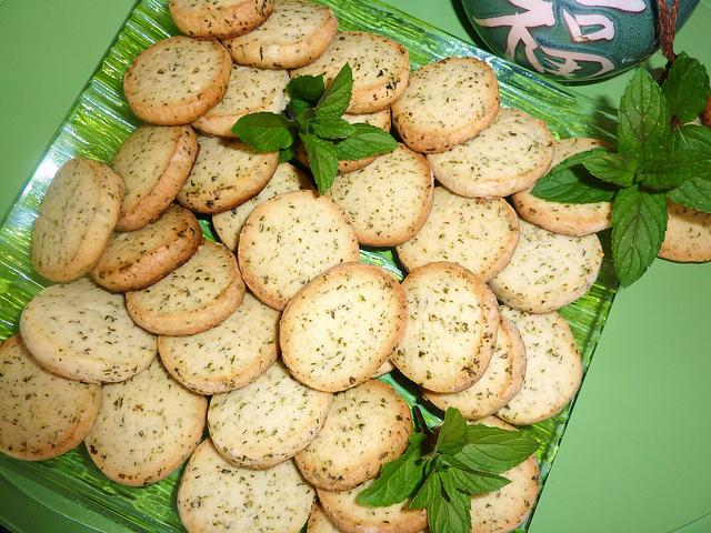Как самому приготовить мятное печенье?