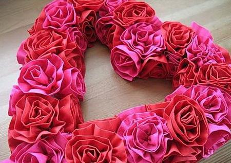 Как сделать большое сердце из атласной ленты на 14 февраля?