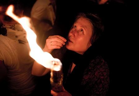 Как сходит Благодатный огонь в Иерусалиме