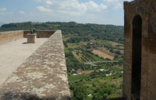 Орвието Умбрия, Италия, крепость Альборнос, вид со стены