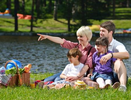 Как правильно вести себя на пикнике?
