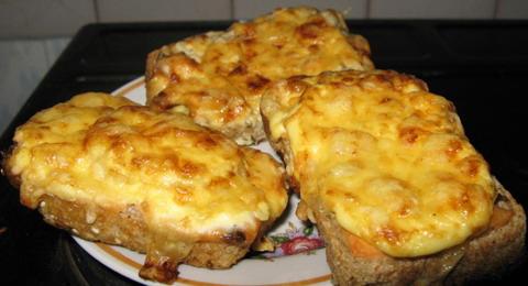 Бутерброды на блюдечке