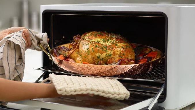 Как правильно и вкусно запечь большую индейку целиком?