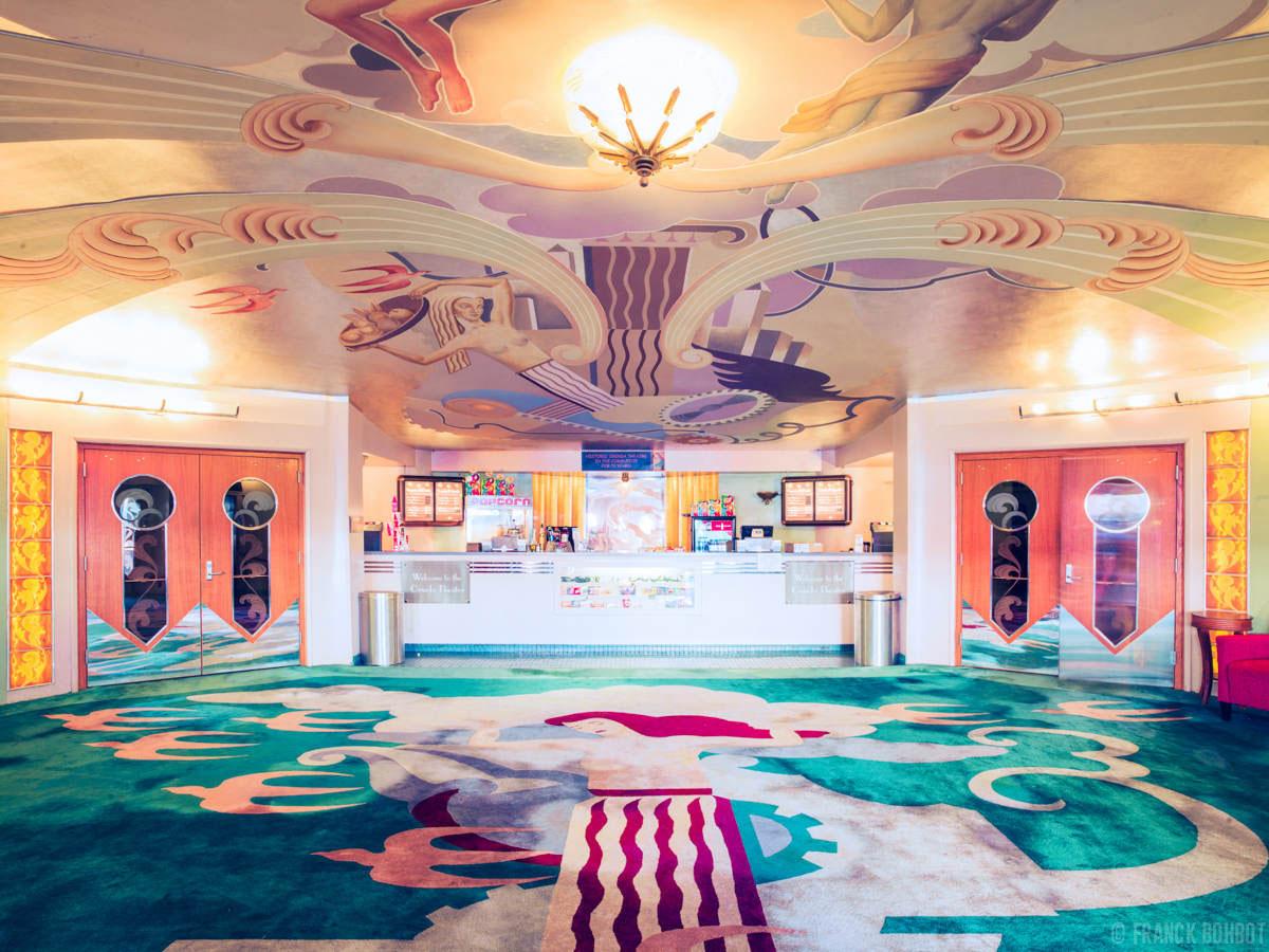 Театр «Оринда» (Orinda Theater), Калифорния, США